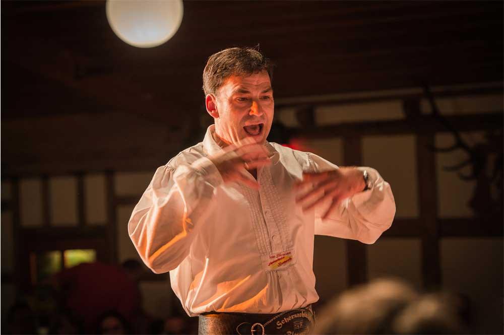 Anton Gälle ist musikalischer Leiter der Scherzachtaler Blasmusik